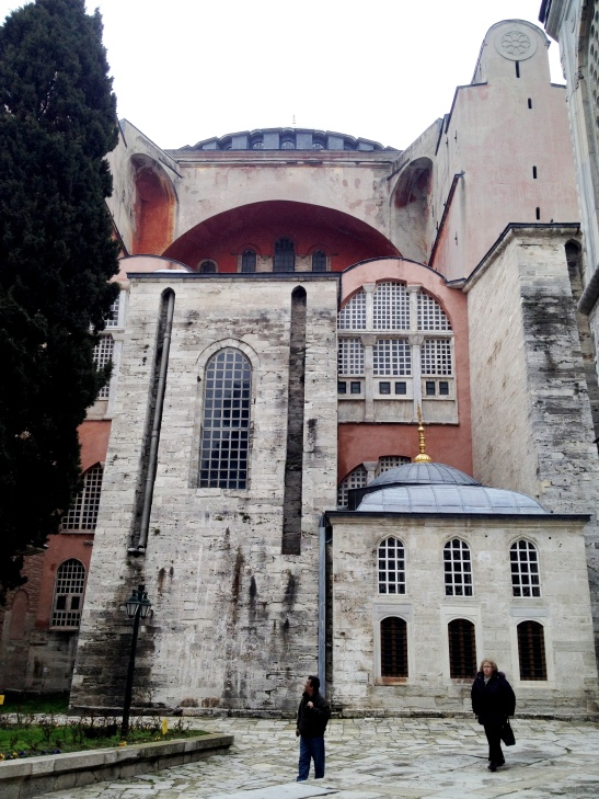 Haghia Sophia has huge buttresses to support the dome and add-on buildings all around.
