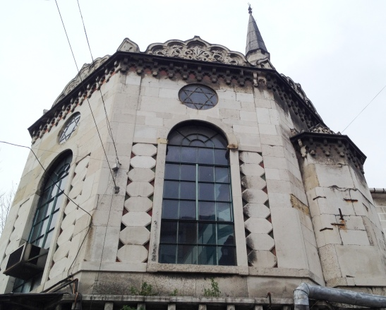 Star of David window & minaret: this used to be a synagogue, now a mosque, with a kiosk cafe on the ground floor.